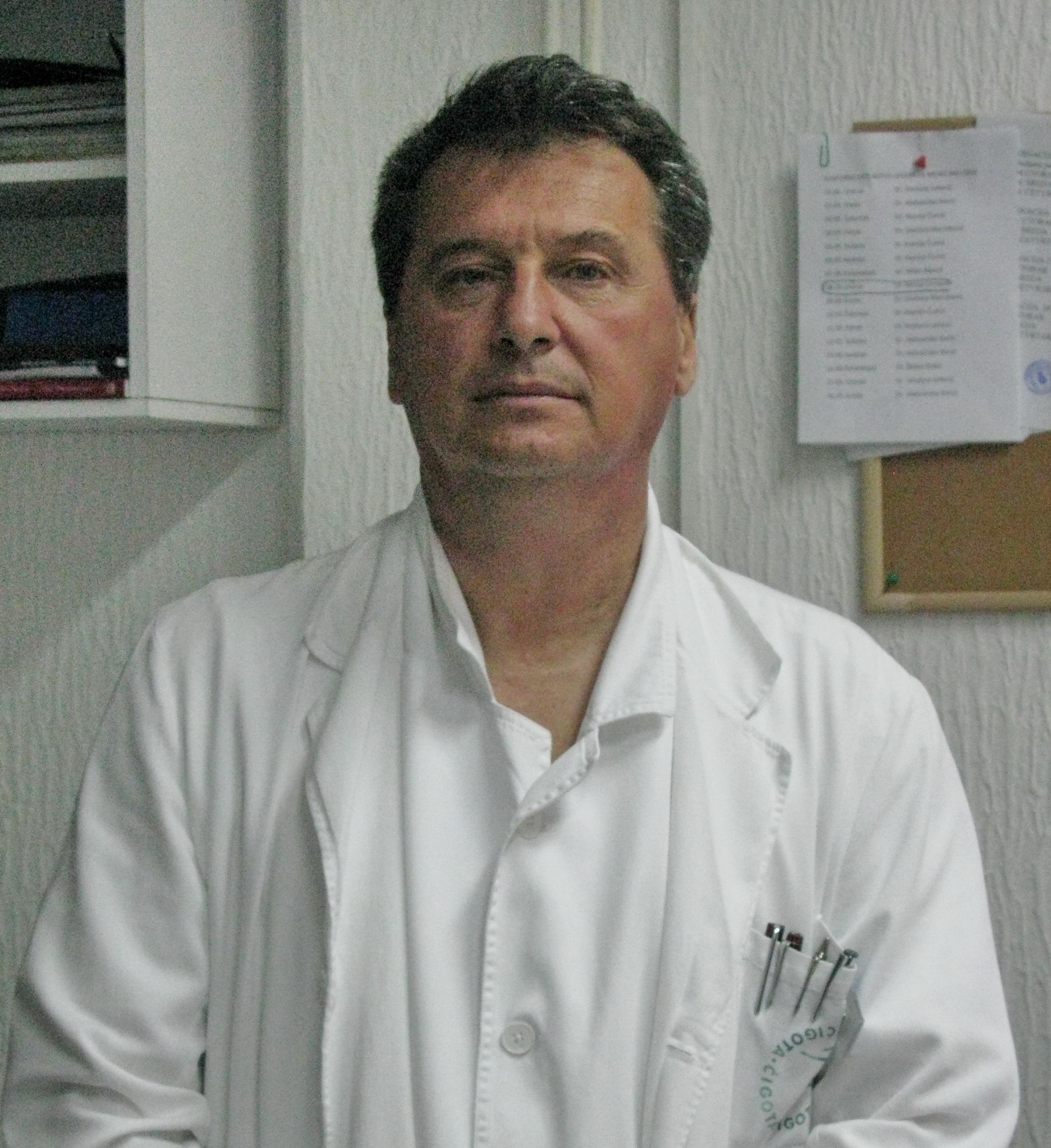 Specijalista interne medicine - kardiolog u kabinetu za kardiopulmonalnu dijagnostiku, dr Nenad Crnčević